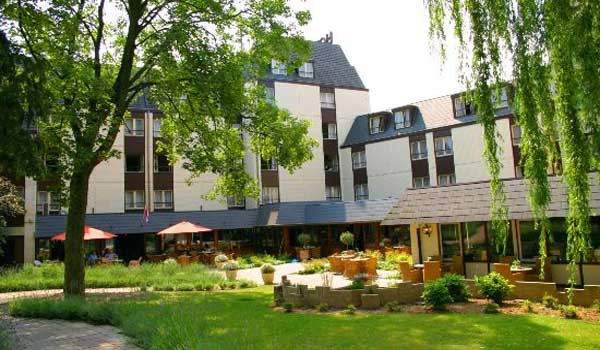 Slide1 600x350-NL-Hotel-Schaepkens