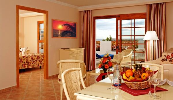 Slide5 600x350 Tenerife - Mar Y Sol hotel - Premium