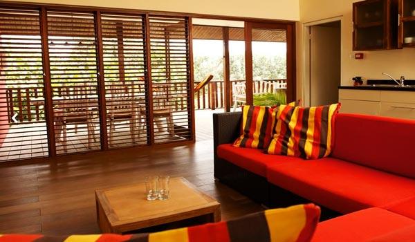 Slide2 600x350 Curacao Morena Receptie