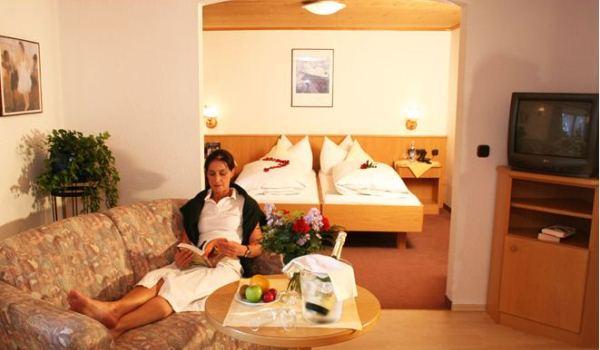 Slide6 600x350 DE-Hotel-Bergen-Himmelschrofen