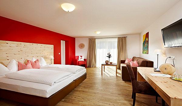 600x350-Hotel-Steiger-Zimmer-Zirbe