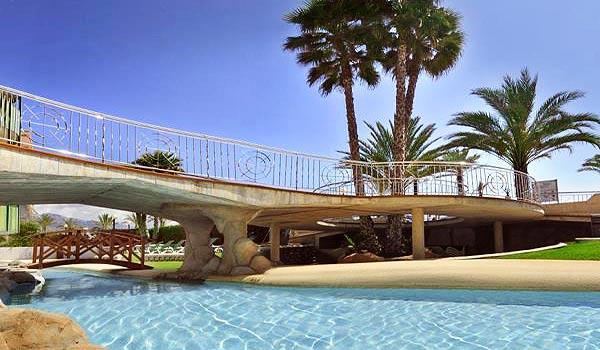 CB-Hotel-Kaktus-Albir-Zwembad