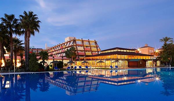 SP_Confortel_Islantilla_Hotel_Piscina