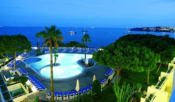 Mallorca_Hotel-Ponent-de-Mar,-Palma-Nova-Zwembad