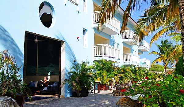 Dolphin-Hotel