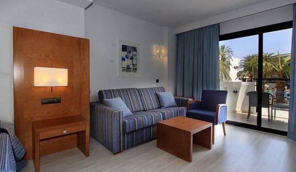 palmeras-palya-hotel-room2