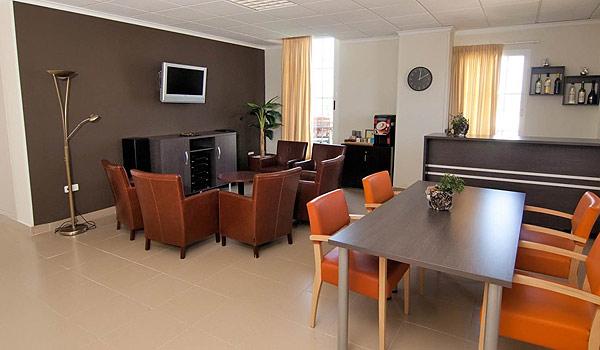 SE-Benidorm-zorghotel-Lounge