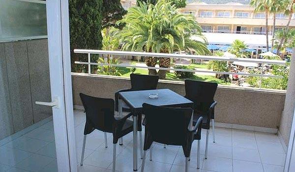 SE-M_Son_Caliu-balkon